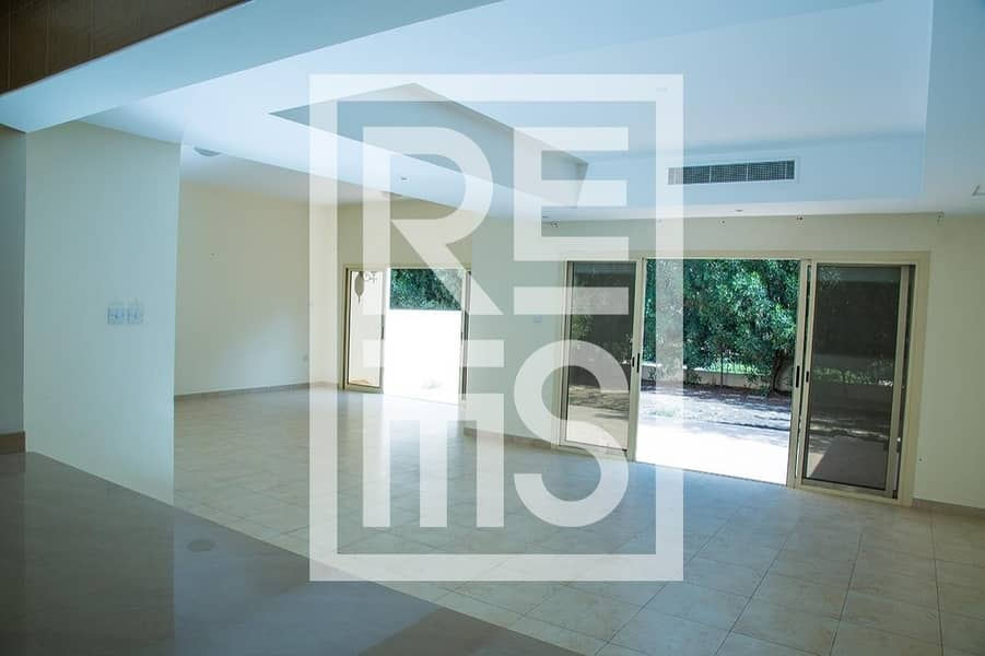 2 3BR Townhouse with large Kitchen in Al Hamra Village
