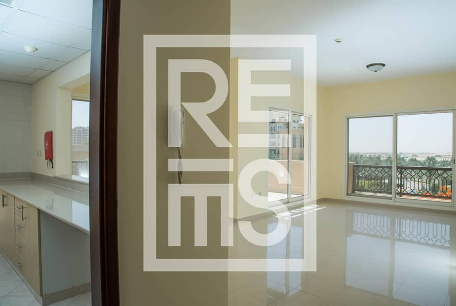 2 1BR Apartment with magnificent View for Sale