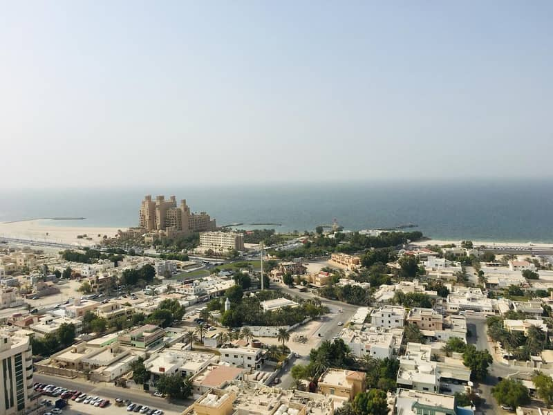 Amazing 2bhk full sea view closed kitchen for rent in Ajman1
