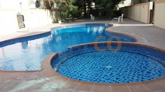 5 Bedroom Villa for Rent in Umm Suqeim, Dubai - Renovated large 5 br