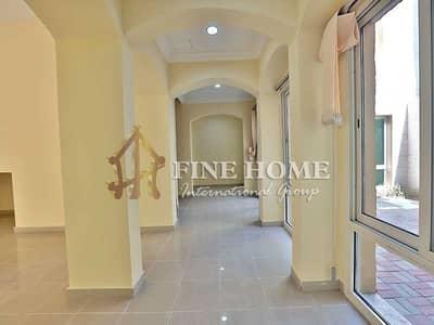 فیلا 4 غرف نوم للبيع في حدائق الجولف في الراحة، أبوظبي - Villa 4BR/ Swimming pool in Golf Gardens