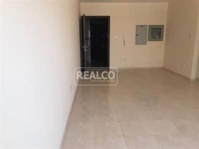 فلیٹ 2 غرفة نوم للبيع في مدينة دبي الرياضية، دبي - Rented / 2 Bed Aprt / Community Facing