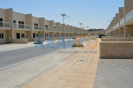 3 Bedroom Townhouse for Sale in International City, Dubai - Warsan Village 3 Bed + Maid Townhouse Souq Facing