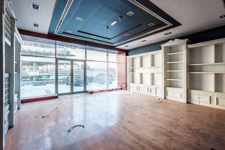 Shop for Rent in Dubai Media City, Dubai - Fitted Retail Space   Low Floor   AC Included