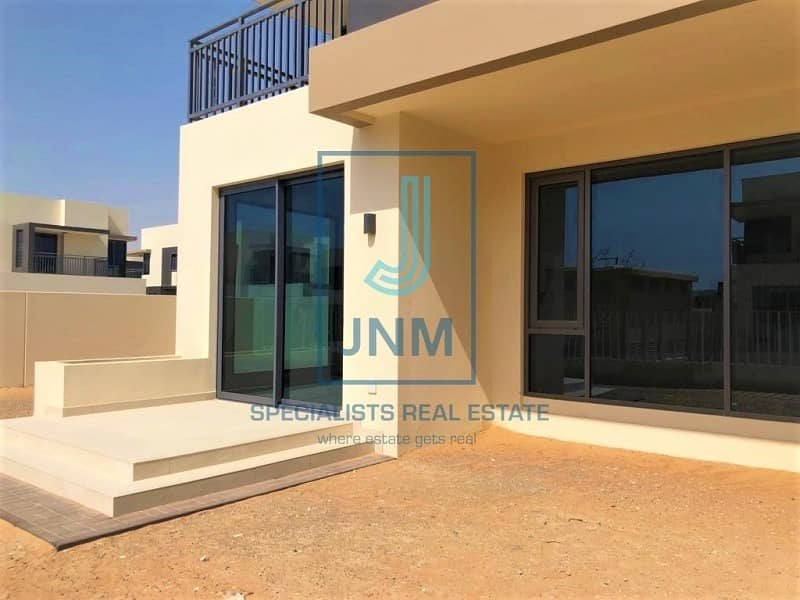 2 Upgraded 5BR Unit in Dubai Hills | Vacant & Ready
