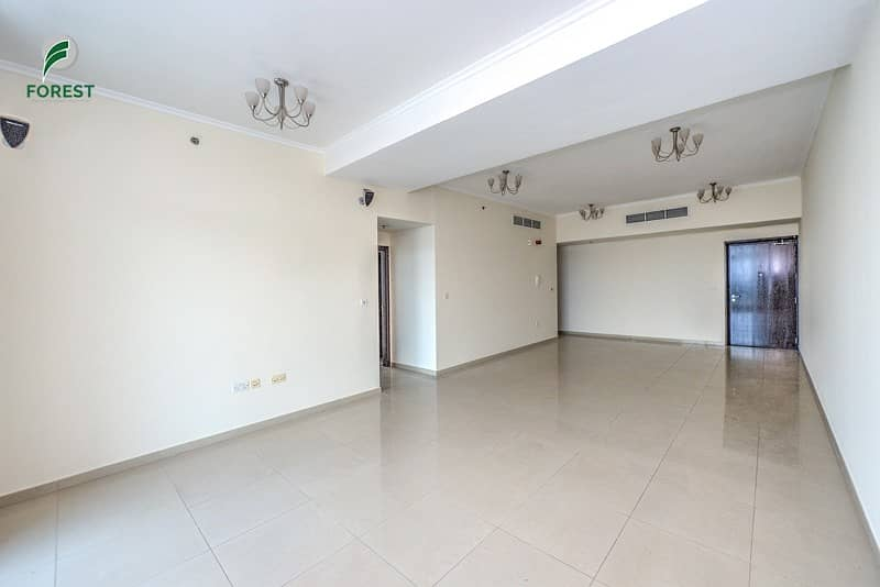 2 Huge 2 Bedroom Apartment Vacant and Unfurnished
