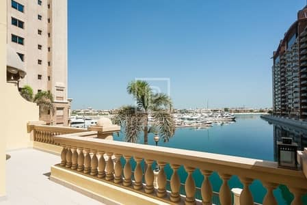 2 Bedroom Townhouse for Sale in Palm Jumeirah, Dubai - Immaculate 2 BR plus Study plus Maids.
