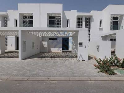 3 Bedroom Townhouse for Rent in Mudon, Dubai - Vacant Unit 3 Bedrooms with Maid Excellent Value