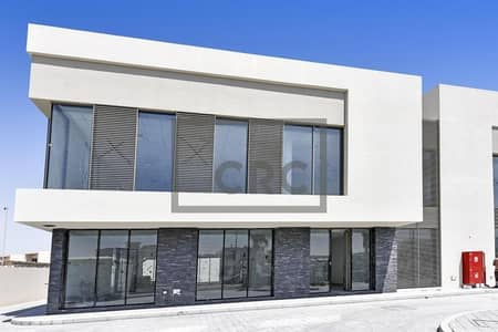 Villa for Rent in Umm Suqeim, Dubai - Brand New | Fully Fitted | Open Layout