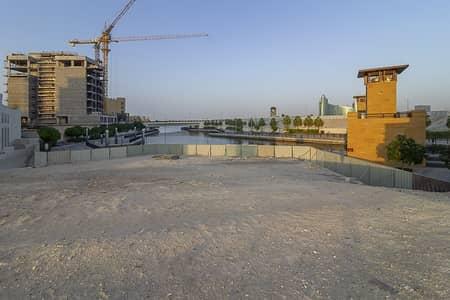 ارض استخدام متعدد  للبيع في القرية التراثية، دبي - Prime Location On the Creek | Mixed Used