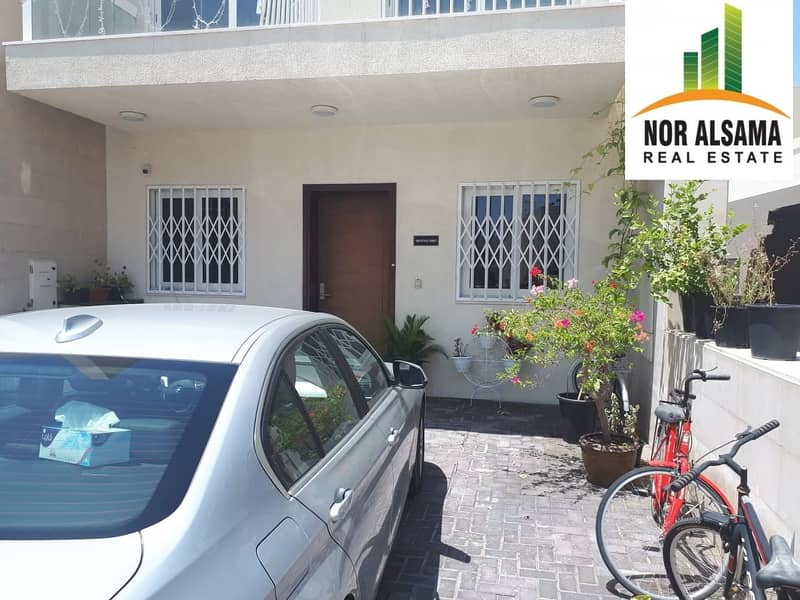 2 Corner..Souq Face Villa for Sale..Single Row..Al Warsan SP 1.4M