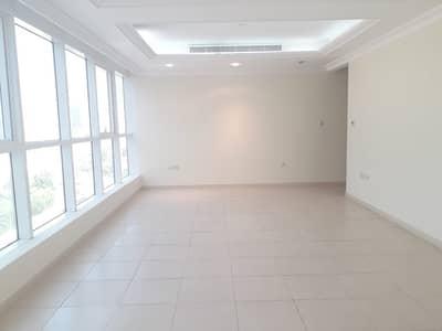 شقة 3 غرفة نوم للايجار في شارع النصر، أبوظبي - شقة في شارع النصر 3 غرف 120000 درهم - 4349070