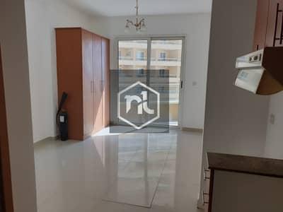 استوديو  للايجار في مدينة دبي للإنتاج، دبي - Nice Pool View Studio Apartment For Rent  with Parking