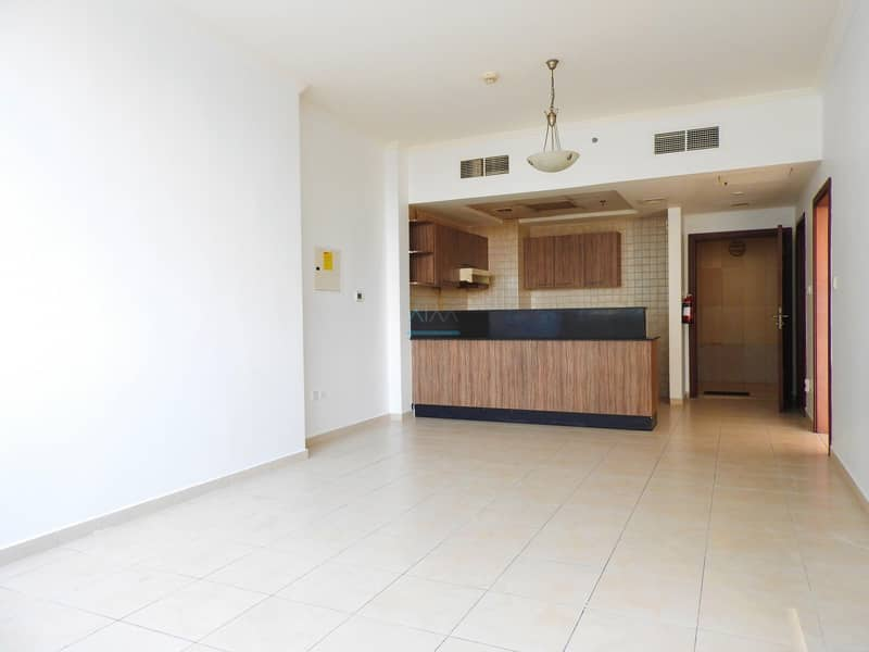One Bhk in Downtown for Rent | High Floor | Partial Lake View
