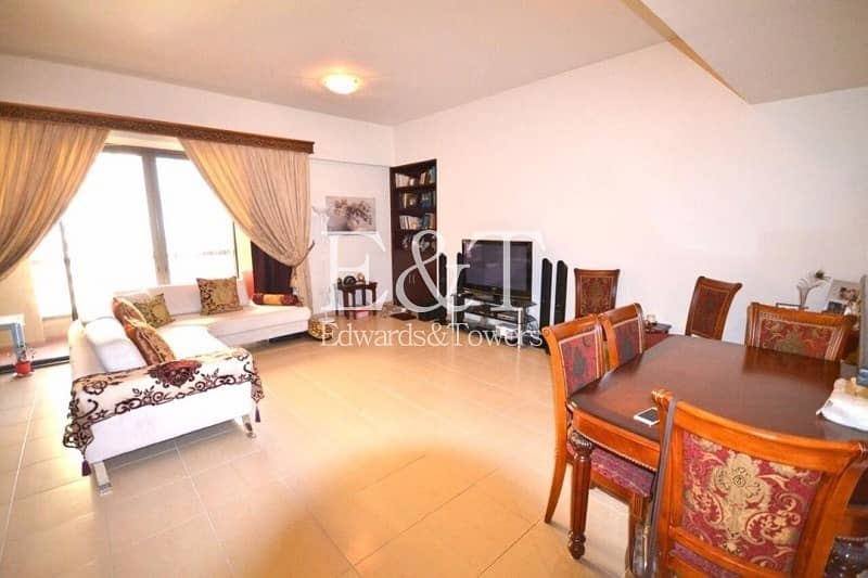 Immaculate Spacious Studio   Available Now
