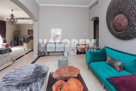 6 Bedroom Villa for Rent in The Meadows, Dubai - Excellet villa-T9+External Room|Ask for discount