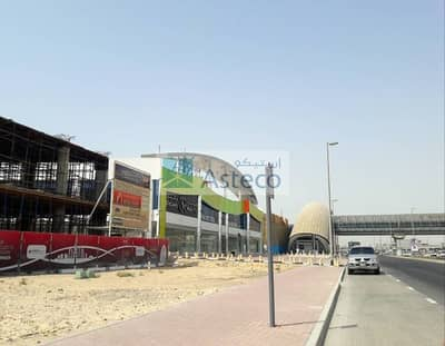 Shop for Rent in Sheikh Zayed Road, Dubai - Brand New Showrooms directly on Sheikh Zayed Road