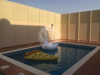 5 Bedroom Villa for Sale in Al Raha Golf Gardens, Abu Dhabi - Beautiful and spacious villa with a pool
