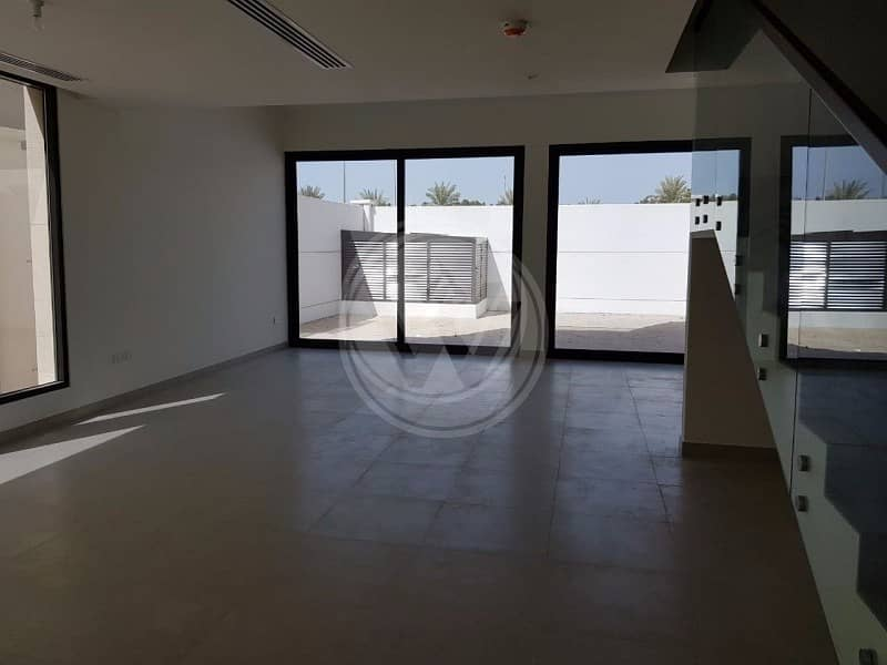 2 For SALE 5br with Rooftop Terrace - Faya