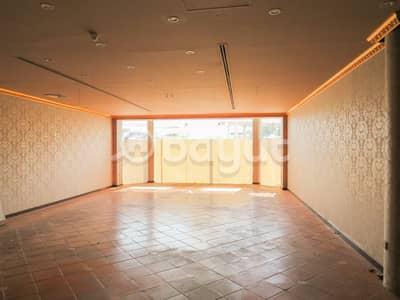 محل تجاري  للايجار في جميرا، دبي - محل تجاري في جميرا 1 جميرا 143000 درهم - 4395626