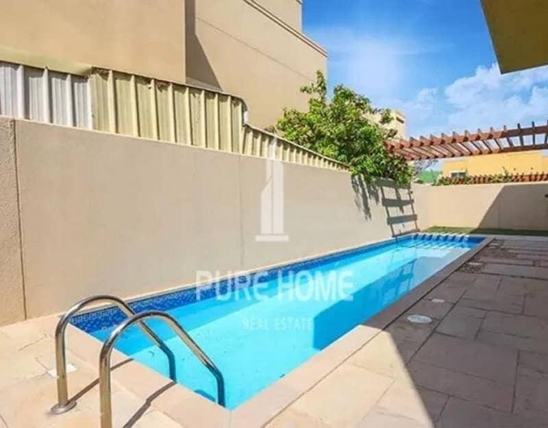 15 Private Pool