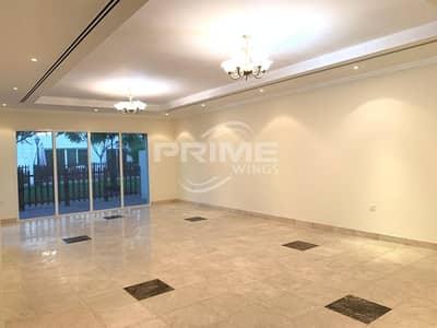 فیلا 5 غرف نوم للايجار في الجافلية، دبي - Amazing Spacious 5Br Villa behind Immigration