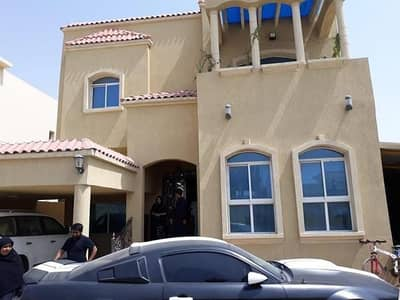 5 Bedroom Villa for Sale in Al Rawda, Ajman - We offer you this villa on the main street