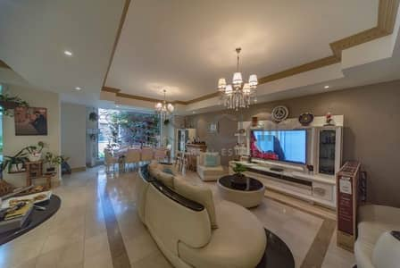 4 Bedroom Villa for Sale in Dubai Marina, Dubai - Fully Upgraded with Rooftop| Vacant on Transfer