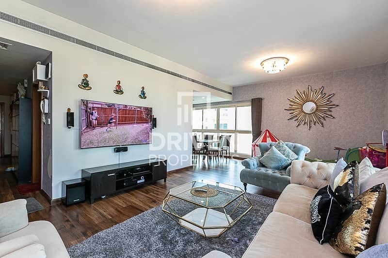 2 Fully Upgraded 2 Bed   Pool Facing Apartment