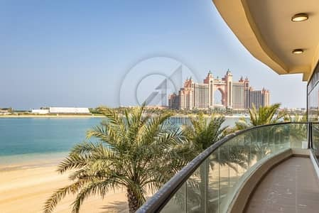 6 Bedroom Villa for Sale in Palm Jumeirah, Dubai - Brand New Villa |Tip Plot | Full Sea View