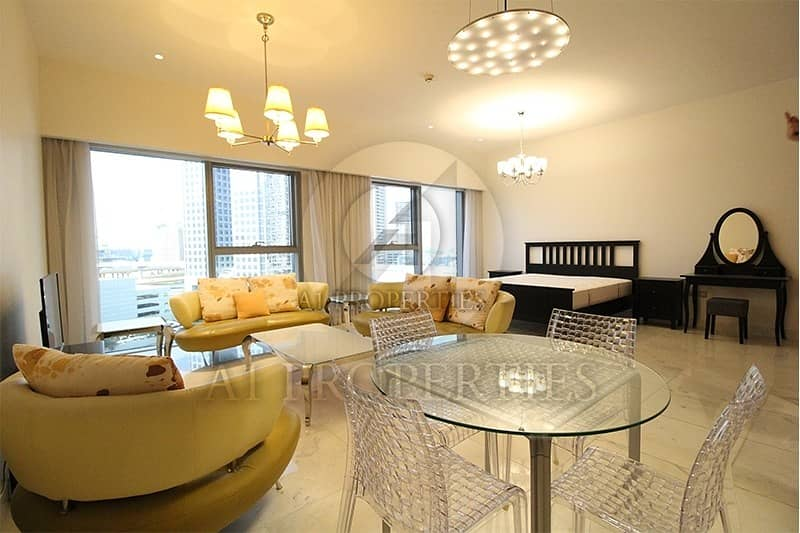 Studio Apartment in DIFC with Pool View