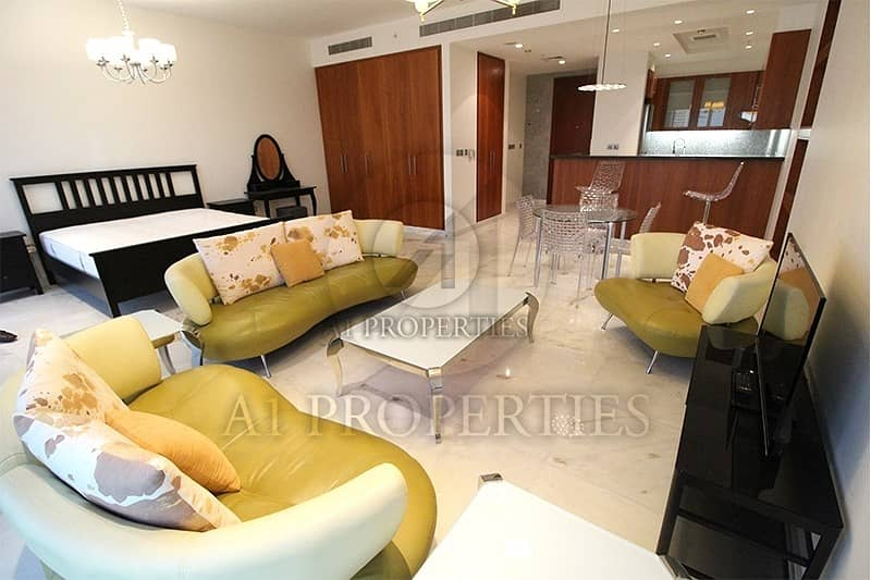 2 Studio Apartment in DIFC with Pool View