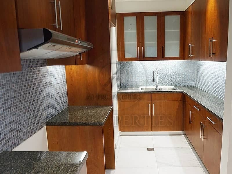 2 Stunning 1 Bedroom Apartment with DIFC View