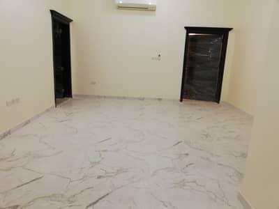 فلیٹ 3 غرفة نوم للايجار في الشوامخ، أبوظبي - شقة في الشوامخ 3 غرف 70000 درهم - 4397005
