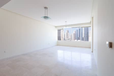 1 Bedroom Flat for Rent in Jumeirah Lake Towers (JLT), Dubai - Spacious I Natural Light I With Storage I Stunning