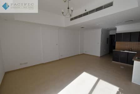 Studio for Rent in Al Sufouh, Dubai - Large studios in Al Sufouh with 2 Months Free Rent