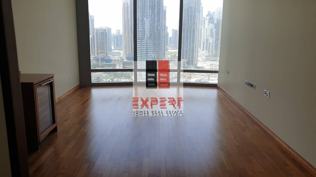 10 Biggest 1bedroom in  Burj Khalifa ready sea view