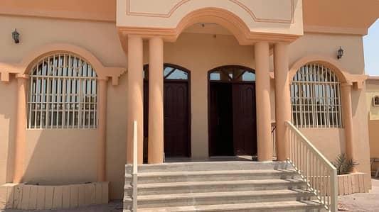 فیلا 3 غرفة نوم للايجار في المويهات، عجمان - فیلا في المويهات 1 المويهات 3 غرف 60000 درهم - 4397729
