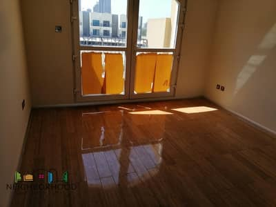 4 Bedroom Townhouse for Rent in Jumeirah Village Circle (JVC), Dubai - 4 Bed Plus Maid Room|Wooden Floors|Rent