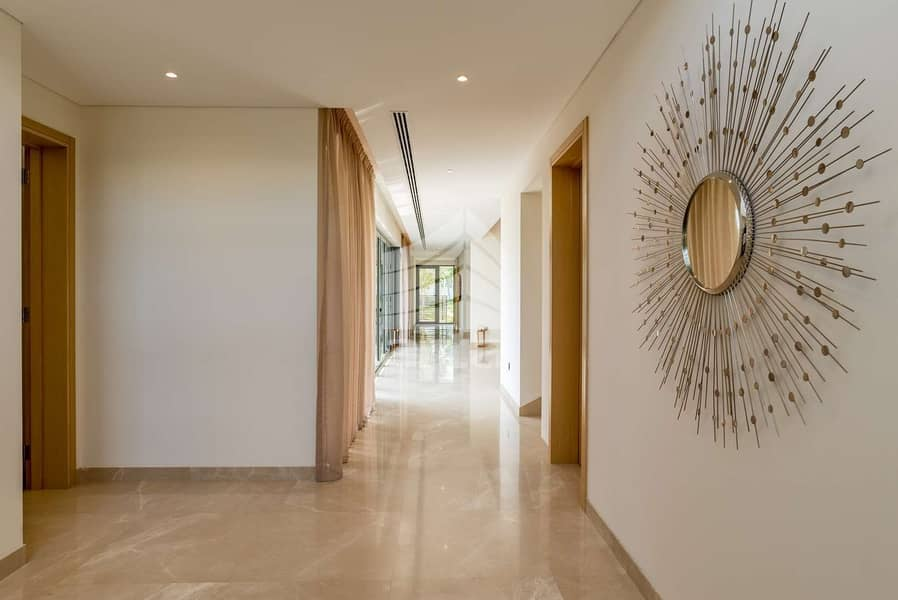 2 Private Luxury Villa | Tons of Amenities | Canal View