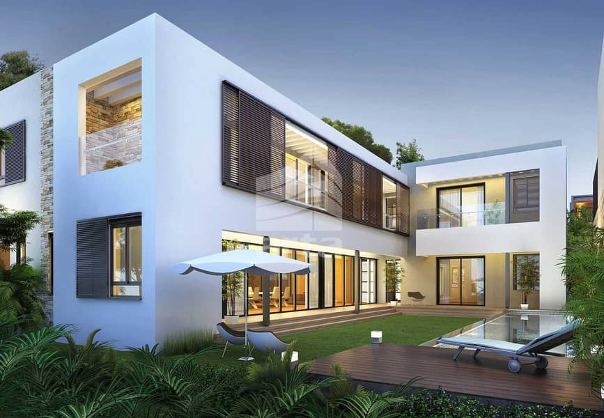 10 Private Luxury Villa | Tons of Amenities | Canal View