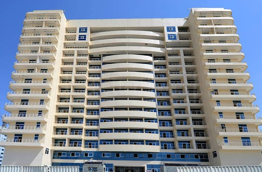 RENT 1 BED  WITH MULTIPLE  CHEQUES  AT DUBAI SPORTS CITY