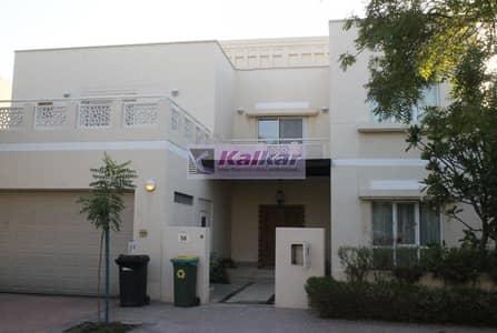 4 Bedroom Villa for Rent in The Meadows, Dubai - Meadows 4 !!! 5 bed room + maid room type 10 well maintained for rent