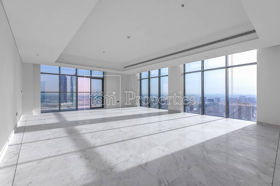 Brand New 4Bed Penthouse    Top floor  Canal View
