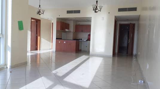 فلیٹ 2 غرفة نوم للايجار في مدينة دبي للإنتاج، دبي - شقة في برج ذا كريسنت C أبراج ذا كريسينت مدينة دبي للإنتاج 2 غرف 49000 درهم - 4399403