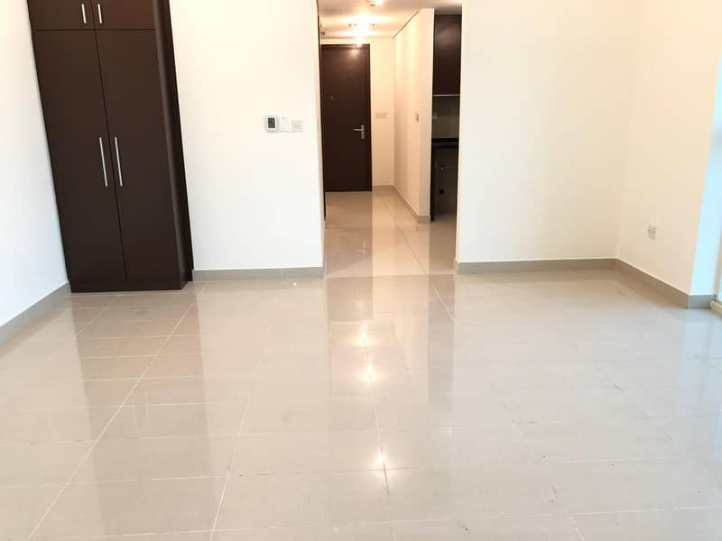 Top Class Studio Available in Marina Heights 2 in Reem Island