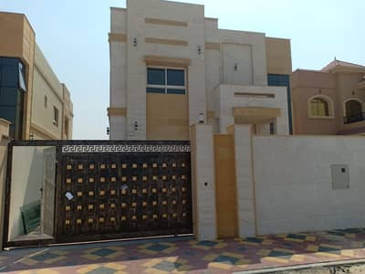 5 Bedroom Villa for Sale in Al Zahraa, Ajman - Villa for sale at an excellent price with the possibility of bank financing