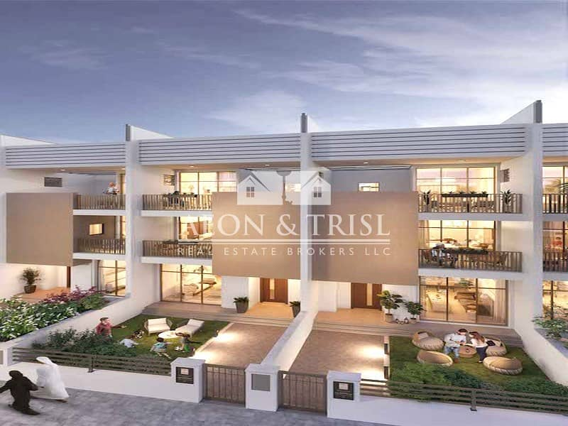 2 Triple Story 4 Bed Townhouse Near Al Barsha