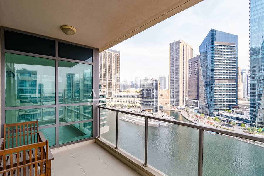 Vacant! Upgraded 2 Beds in Marina Quays! Best view