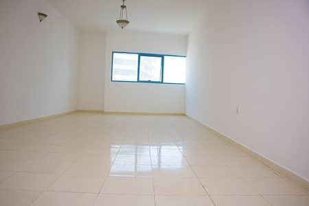 Luxurious 3 BHK flat spilt a/c Available in Abdul Aziz al Majid Building Al  Mamzar Tower 2, Sharjah. NO COMMISSION! FREE MAINTENANCE!